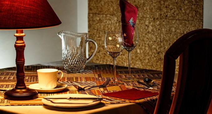 Aranżacja salonu w stylu romantycznym