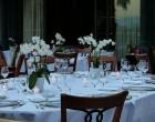 Jadalnia zaaranżowana w stylu romantycznym